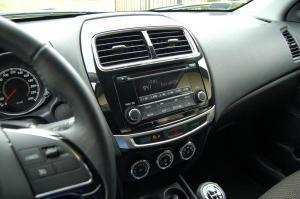 Mitsubishi-ASX-radio