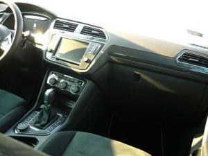 VW-Tiguan-deska-rozdzielcza