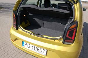 VW-UP-deska-bagaznik