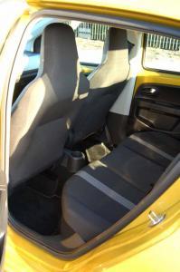 VW-UP-deska-fotel