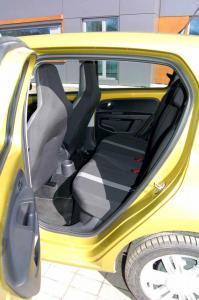VW-UP-deska-kanapa-tylna