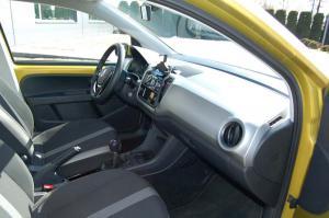 VW-UP-deska-rozdzielcza