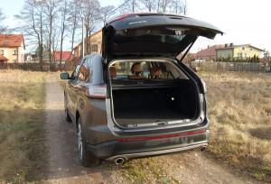 ford-edge-bagaznik