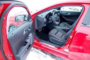 mercedes-A220-fotel-kierowc