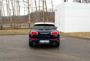 mini-clubman-tył